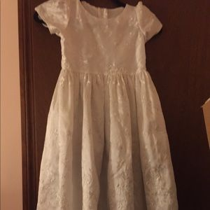 Girls White Short Sleeve Embroidered Dress 6